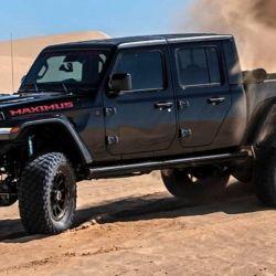 El vehículo se construyó a partir de un Jeep Gladiator.