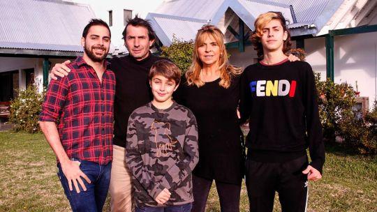 Grego Rossello y su familia