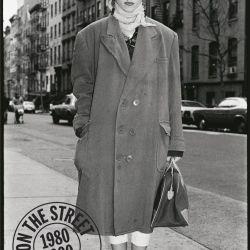 Retratada por Amy Arbus (hija de la famosa Diane Arbus), cuando aún era una desconocida por las calles de Nueva York.
