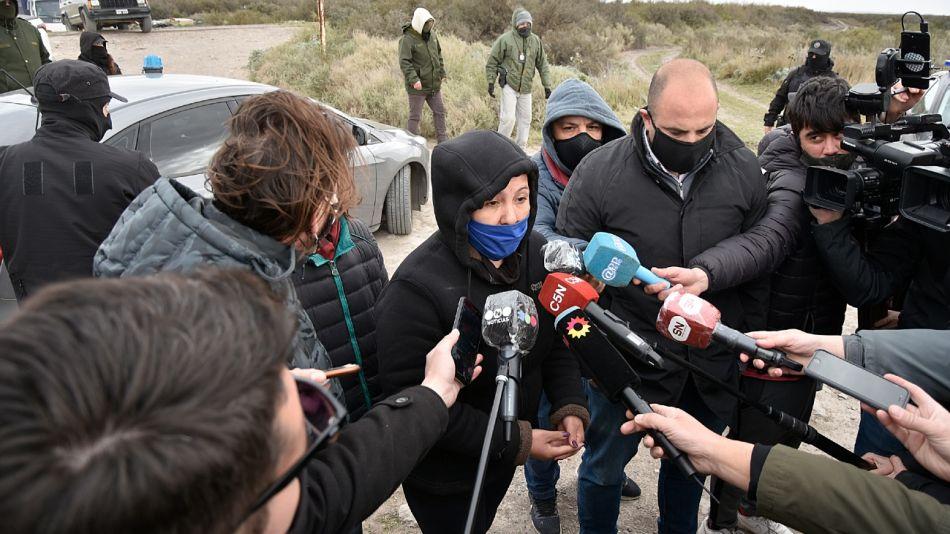 Cristina Castro en el lugar donde se encontraron restos de huesos