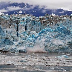 La capa de hielo que cubre Groenlandia ya se está derritiendo 7 veces más rápido que en la década de 1990.