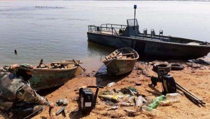 En paso de la patria detuvieron a pescadores paraguayos que pescaban ilegalmente.