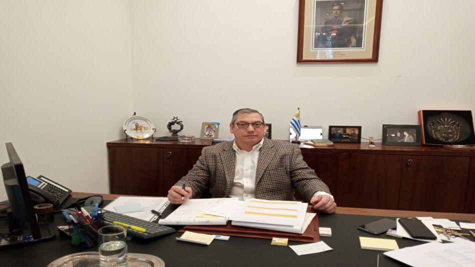 carlos enciso embajador uruguay 20200820