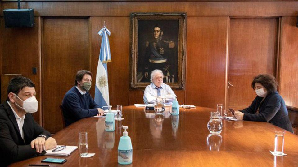 González Garcia y Vizzotti, este jueves en la reunión del Consejo Federal de la Salud.
