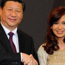 Cristina Kirchner con Xi Jinping.   Foto:cedoc
