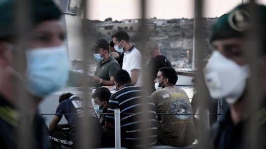 La crecida de los casos en Lampedusa pone en alerta a Sicilia.