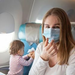 Las aerolíneas podrán negrase a abordar pasajeros que no usen tapabocas.