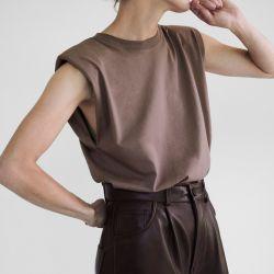Zara cuero