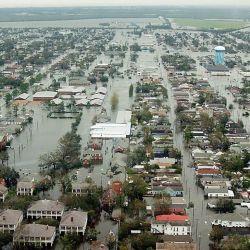 En algunas zonas de la ciudad el agua alcanzó una altura de seis metros.