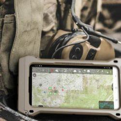 El nuevo smartphone se basó en el previo teléfono militar S9, el cual se tomó como referencia para proponer todas las mejoras e innovaciones que se consideraron necesarias.