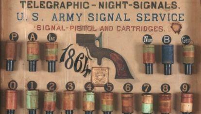Cómo fueron las primeras pistolas de señales