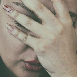 El estrés y el teletrabajo pueden empeorar la migraña en las personas que la sufren