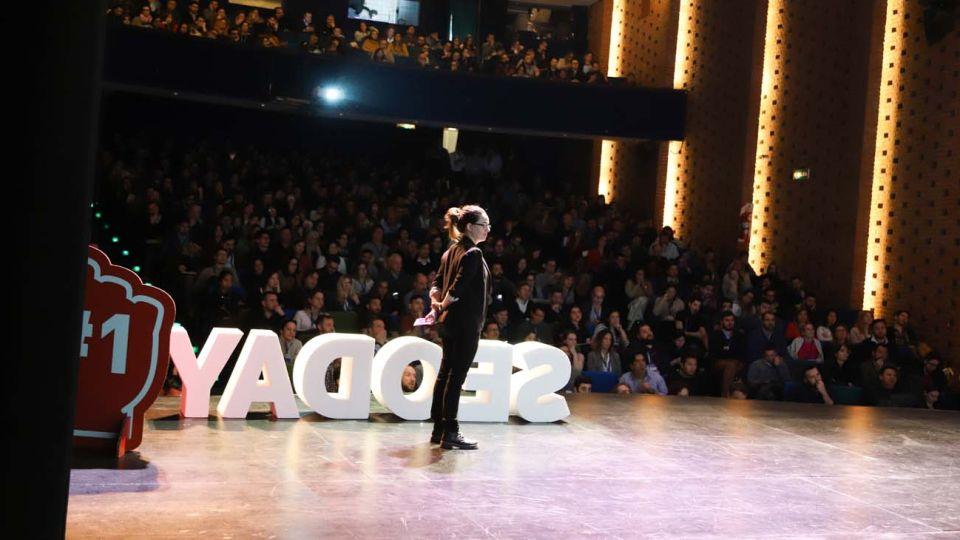 Por primera vez el evento organizado por la agencia SEO puntorojo, será totalmente online y gratuito.