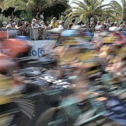 Italia, Camaiore: Los ciclistas compiten en la primera etapa de la 55a edición de la carrera ciclista Tirreno-Adriatico, 133 km en Camaiore. | Foto:Fabio Ferrari / Lapresse vía ZUMA Press / DPA