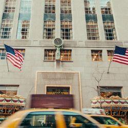 El conglomerado LVMH dio de baja la compra prevista a Tiffany y la joyería lo demandó