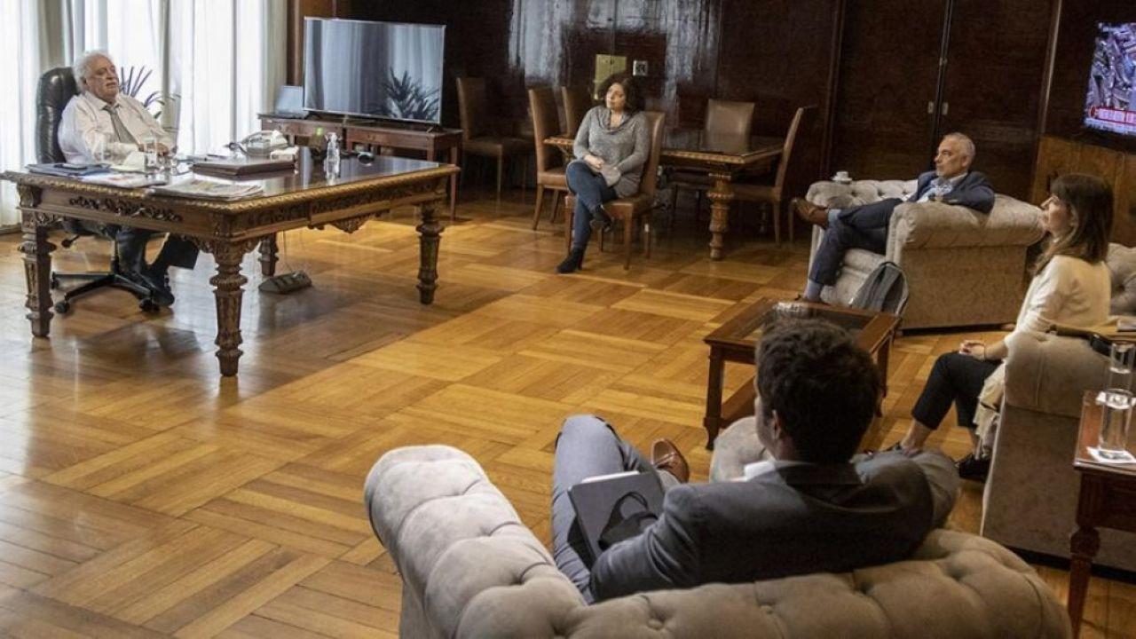 Ginés Gonzalez y García Carla Vizzotti reunión con laboratorio AstraZeneca