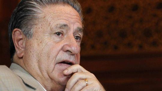 Duhalde insiste con que Alberto Fernández tiene que hablar con la Policía.
