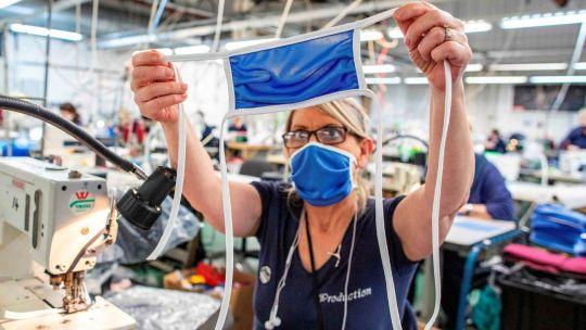 La industria textil logró con los tapabocas atenuar las pérdidas en 2020.