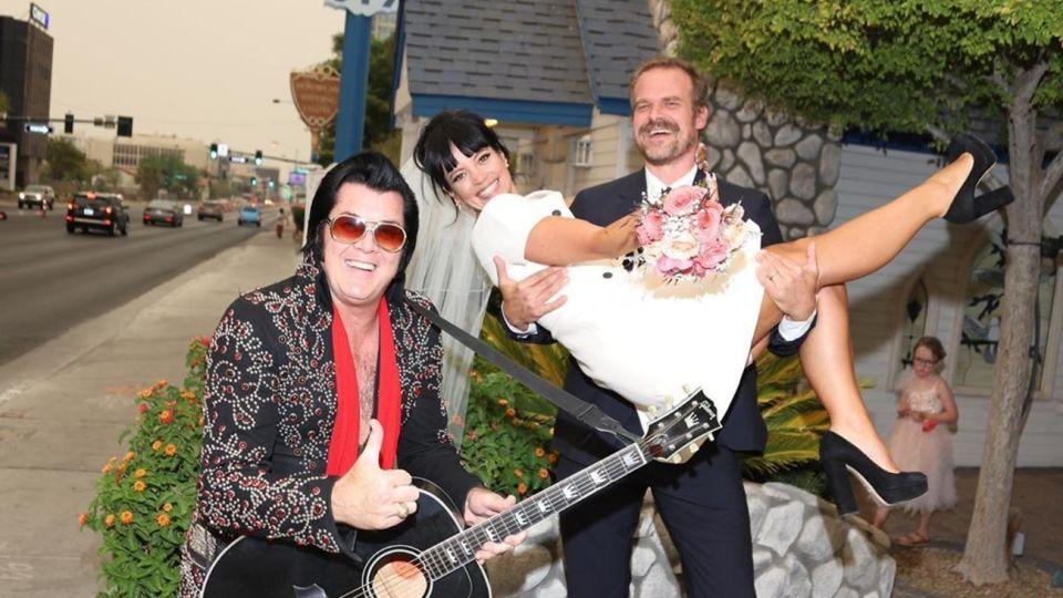 Lily Allen y David Harbour se casaron en Las Vegas