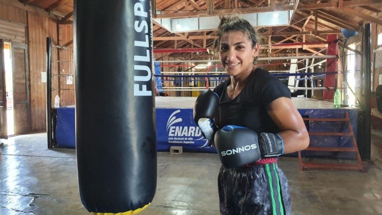 """Chance mundial. """"Capricho"""" tiene pendiente un combate por el título mundial supergallo interino (AMB) con Julieta Carrizo. La ganadora deberá refrendar ese logro frente a la venezolana Mayerlin Rivas."""