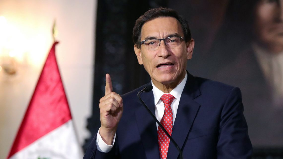 Handout picture released by the Peruvian Presidency showing President Martín Vizcarra giving a televised message to the nation in Lima, on September 10, 2020.