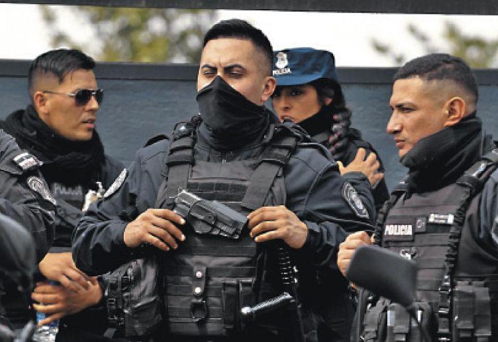 20200913_policia_alderete_protesta_shutterstock_g