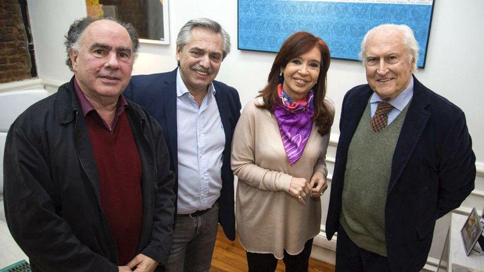 Mario Cafiero, en una foto de archivo con Alberto Fernández, Cristina Kirchner y Pino Solanas.