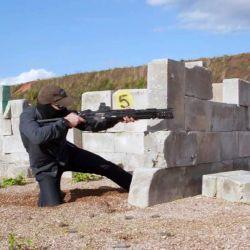 La MP-155 Ultima también tiene un temporizador incorporado que registra el número de disparos y golpes, tiempo y velocidad de disparo y número de objetivos alcanzados.