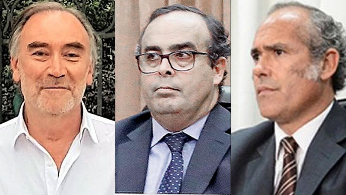 Leopoldo Bruglia, Pablo Bertuzzi, Germán Castelli.