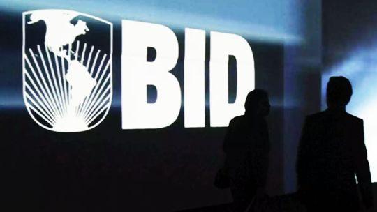El BID alerta sobre una posible crisis bancaria en Latinoamérica.