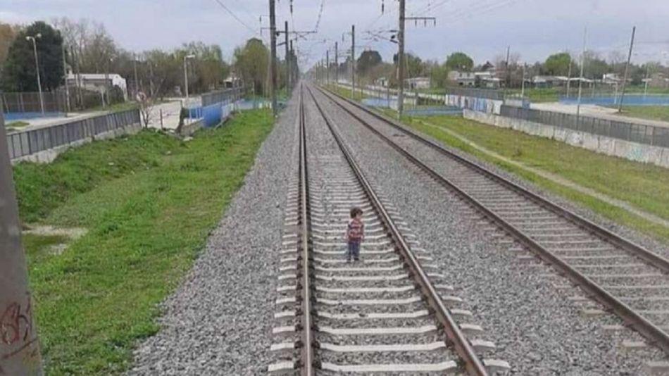 Tren, vias, nene