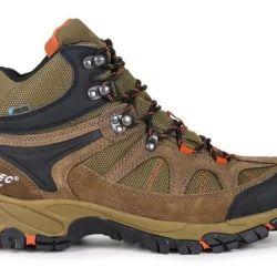 Si nuestro objetivo es recorrer rutas más exigentes, montañosas, el calzado semirrígido es fundamental para proteger el pie y evitar lesiones.