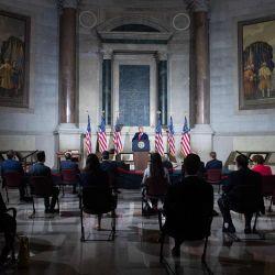 El presidente de los Estados Unidos, Donald Trump, habla durante la Conferencia de la Casa Blanca sobre Historia Estadounidense en los Archivos Nacionales en Washington, DC. | Foto:SAUL LOEB / AFP