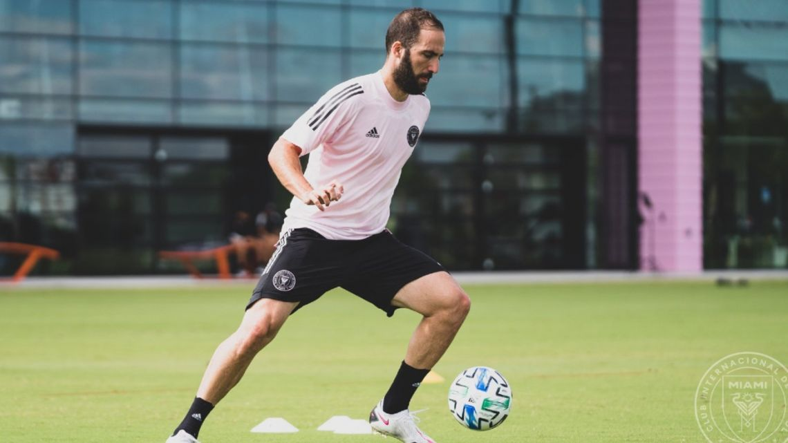Gonzalo Higuaín, pictured in training for Inter Miami.