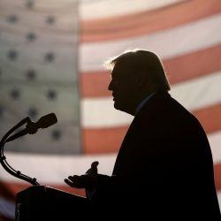 El presidente de Estados Unidos, Donald Trump, habla durante un mitin del    Foto:Brendan Smialowski / AFP
