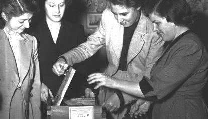 La ley del voto femenino que impulsó Evita