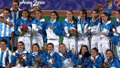 Las Leonas se subieron al podio en Sydney 2000.