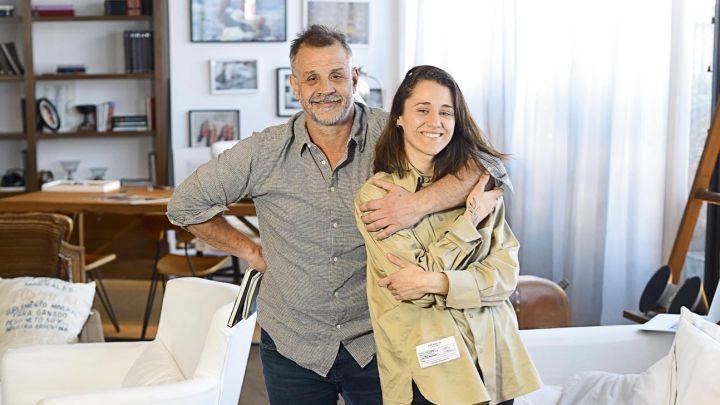 Christian Petersen presenta a su novia, Sofía