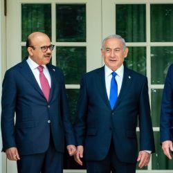 Abdullah bin Zayed Al Nahyan, Abdullatif bin Rashid Al Zayani y Benjamin Netanyahu.  | Foto:DPA