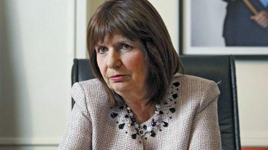 Patricia Bullrich supera a María Eugenia Vidal en imagen positiva con un 60.4% versus el 58.6%.