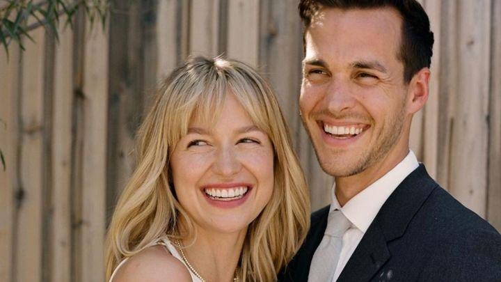 Melissa Benoist y Chris Wood, de Supergirl, se convirtieron en padres