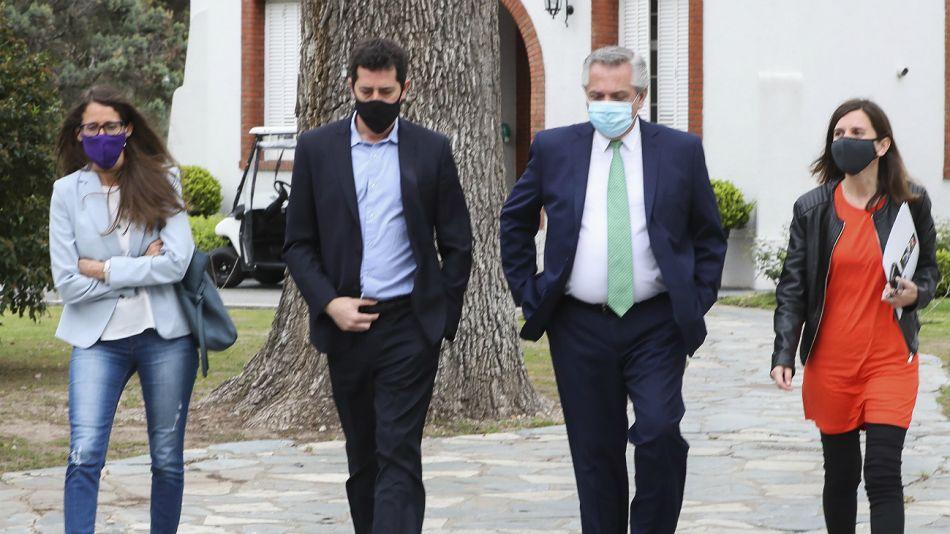 Alberto Fernández y gabinete.