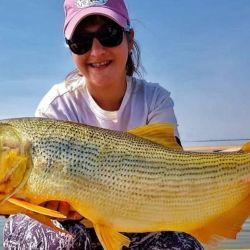 En cuarentena ellas siguen pescando, y lo hacen muy bien