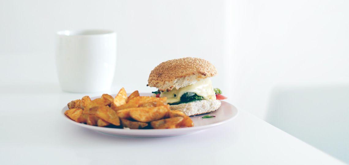 Recetas: una alternativa diferente para este lunes 28: hamburguesas de pollo y espinaca