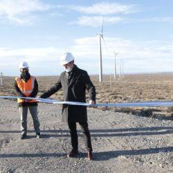 La planta eólica consiguió poner a disposición para la generación una potencia instalada de 100 megavatios.