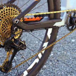 No sirve de mucho un pedaleo lento que te haga estallar las piernas.