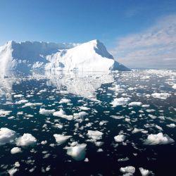 La pérdida de la capa de hielo en la Antártida es un poco más difícil de predecir.
