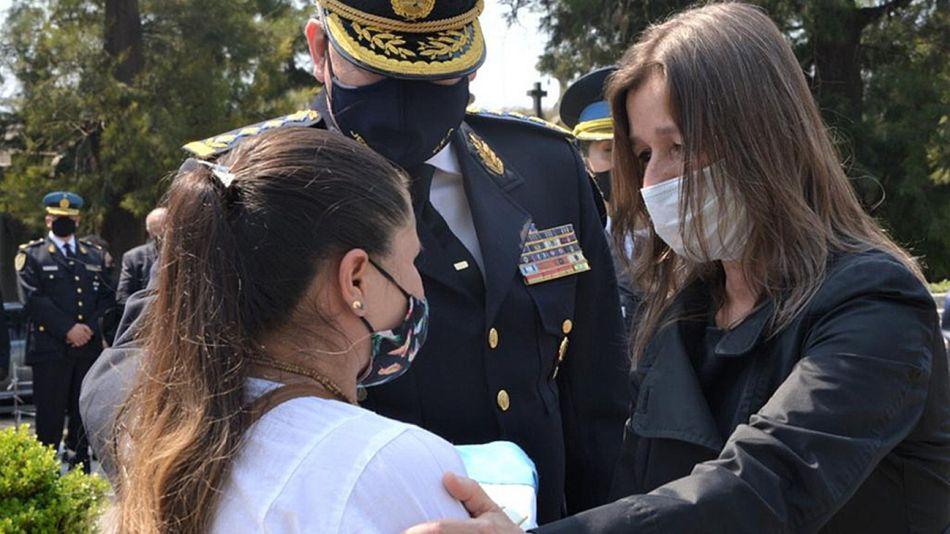 La ministra de seguridad, Sabina Frederic esposa del inspector Juan Pablo Roldan