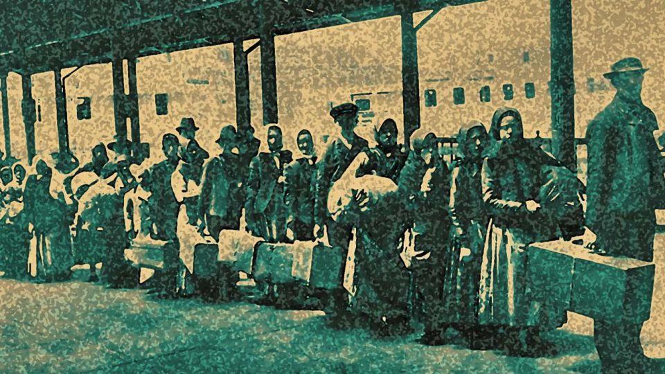 Inmigrantes. Puerto Buenos Aires 1920.