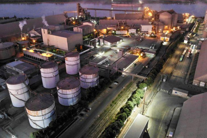 GANADORES. Para el agro, los grandes beneficiados de la medida son los grupos concentrados aceiteros y de exportación.